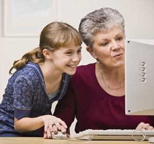 גם סבתא וגם הנכדה יכולות לקבוע תור